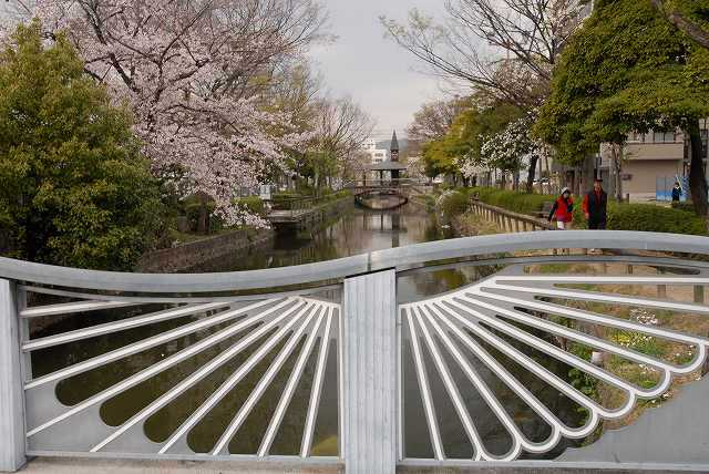 西川緑道公園3