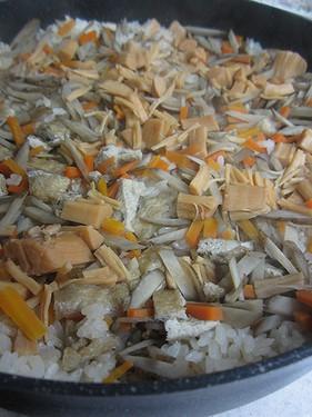 20131022 鍋で炊き込みご飯 (2)