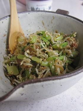 20131117 カブの葉とじゃこ炒め