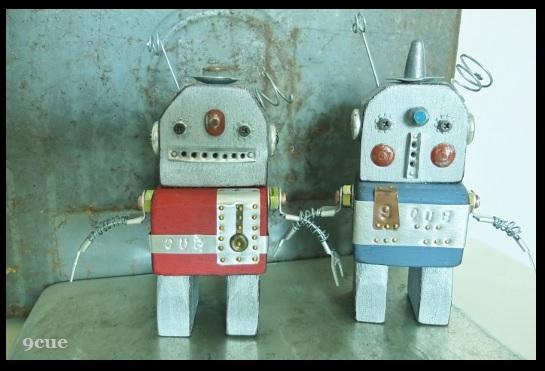 ロボット。