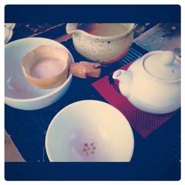 お茶を楽しめるカフェも。