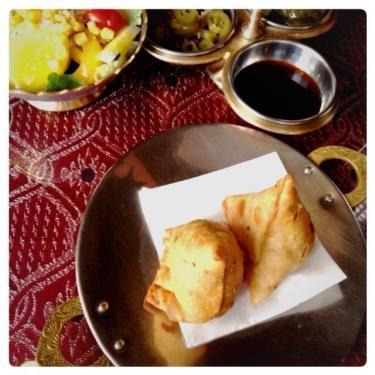 サモサ。インド料理の軽食の1つだそうです。