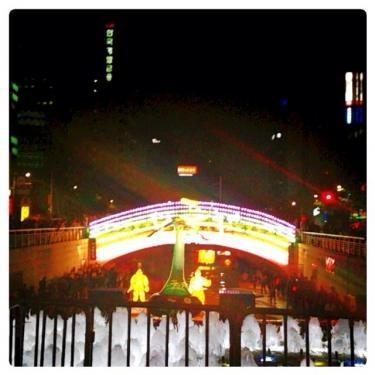 毎年多くの人が灯篭祭りへ訪れます。