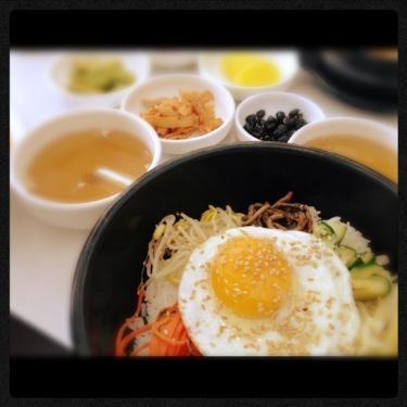 비빔밥 (ピビンパッ)
