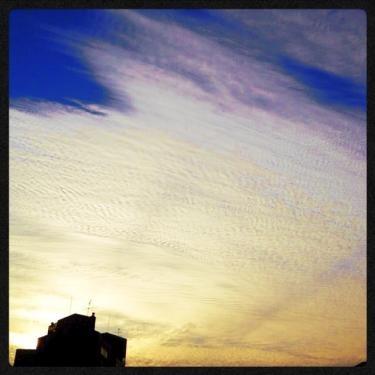 夕暮れのソウルの空