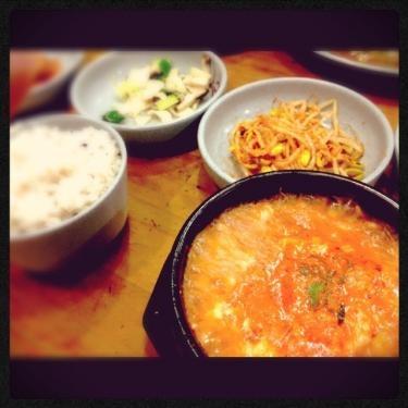 今日のお昼ごはん。 순두부 찌개 (スンドゥブチゲ)