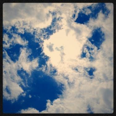 今日の午後。好きな空の色
