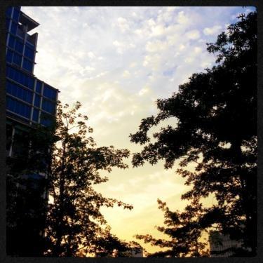 イデから見た夕焼け空
