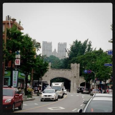 キョンヒ大学正門
