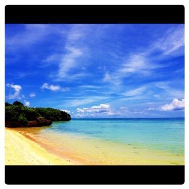 無人島に見えますが‥一応石垣島の海です笑