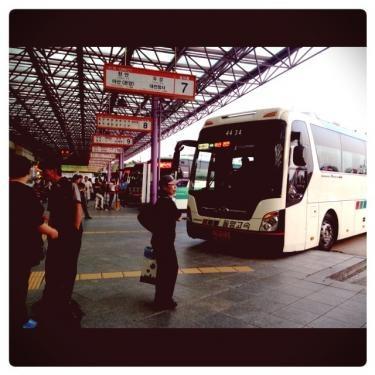 仁川バスターミナル。ここは混んでました