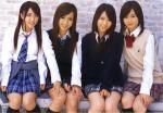 AKB48 前田敦子 板野友美 河西智美 高橋みなみ セクシー 制服 スカート 太もも ハイソックス カメラ目線 壁紙サイズ 高画質エロかわいい画像4