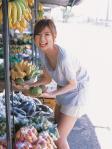 AKB48 篠田麻里子 セクシー 笑顔 口開け舌 Tシャツ 前屈み ブラチラ カメラ目線 太もも 貧乳 ぶっかけ用オナペット 高画質エロかわいい画像45