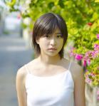 南沢奈央 セクシー キャミソール デニムミニスカート カメラ目線 ショートヘア 高画質エロかわいい画像16
