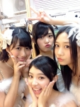 AKB48 武藤十夢 藤田奈那 古畑奈和 前田亜美 セクシー衣装 カメラ目線 ピース 口開け 顔射用ぶっかけ用オナペット写真 高画質エロかわいい画像2