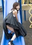 小野真弓 セクシー スカート チラリズム 笑顔 カメラ目線 誘惑 公園 滑り台 太もも 高画質エロかわいい画像39