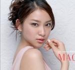 武井咲 セクシー 顔アップ カメラ目線 CMキャプチャー 資生堂 女優 高画質エロかわいい画像4