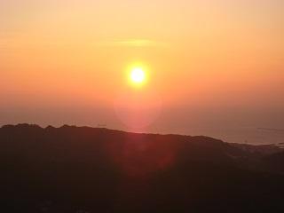 測量山の夕陽