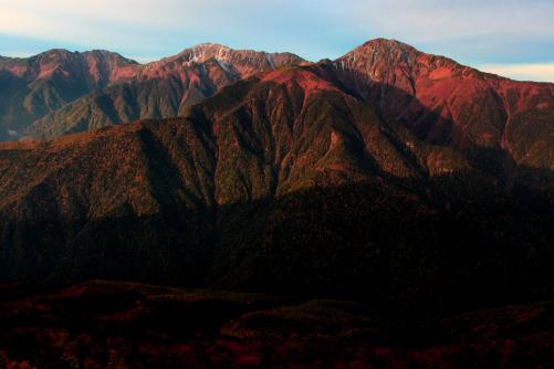 モルゲンロートの白鳳三山