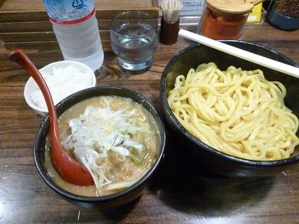 花田2013.7.10つけ麺サービスライス