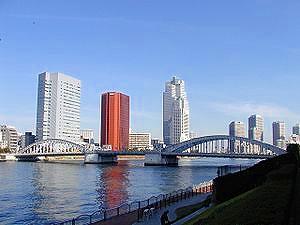 300px-Tsukiji_buildings.jpg