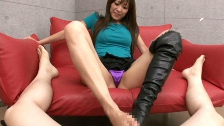 長身モデル堀口奈津美の美脚コキのサンプル脚フェチDVD画像4