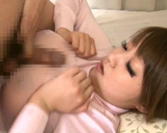 ロッケト美乳な白ギャルが制服に黒パンスト美脚で足コキの脚フェチDVD画像6
