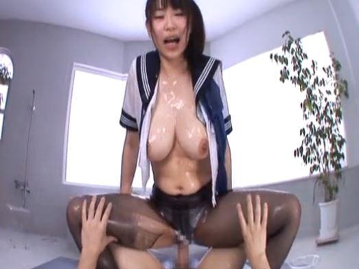 ロリ巨乳ソープ嬢の吉永あかねがスク水に生足で足コキのサンプル足フェチDVD画像5