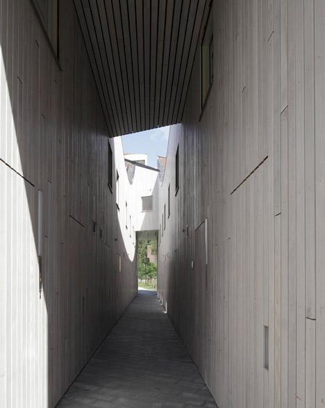 Funen_Blok_K_by_NL_Architects_dezeen_468_0.jpg
