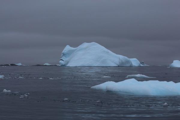 antarcticaiceberg1.jpg