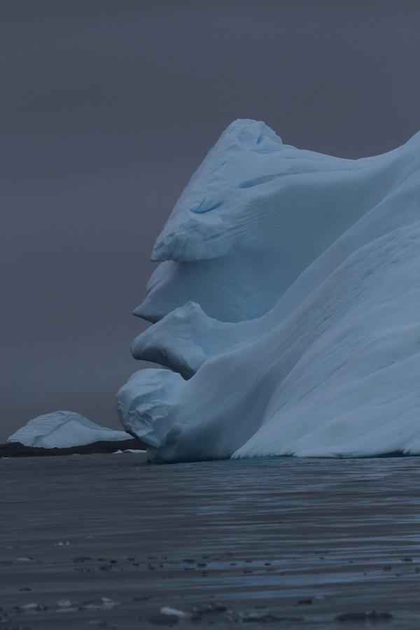 antarcticaiceberg2.jpg