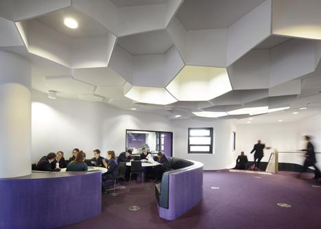 dezeen_Penleigh-and-Essendon-Grammar-School-Senior-by-McBride-Charles-Ryan_15.jpg