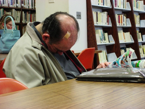 peoplesleepinginlibraries6.jpg