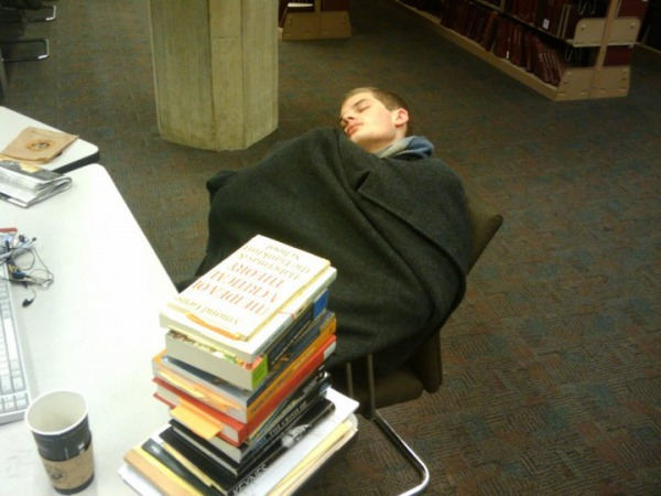 peoplesleepinginlibraries7.jpg