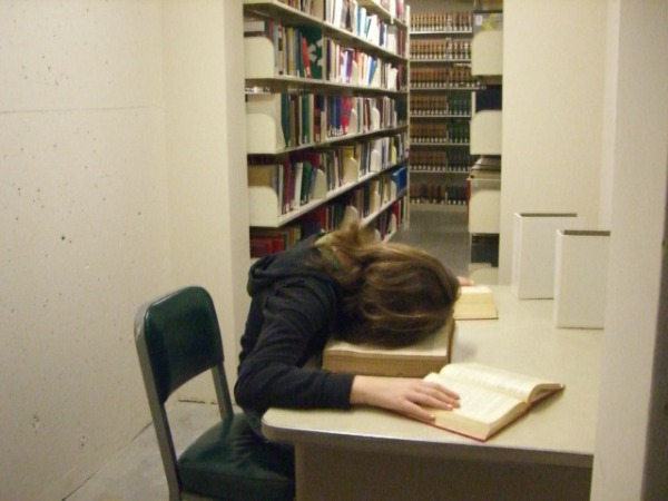 peoplesleepinginlibraries9.jpg