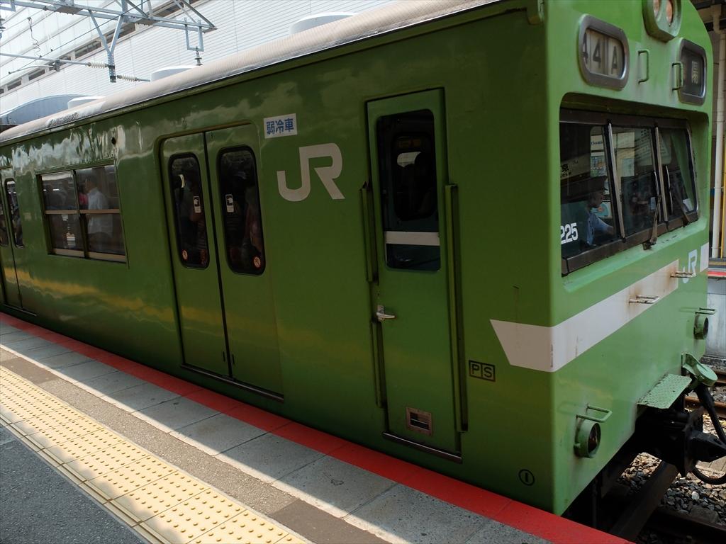 JR奈良線車両