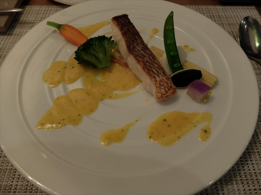 本日の魚料理…真鯛かな