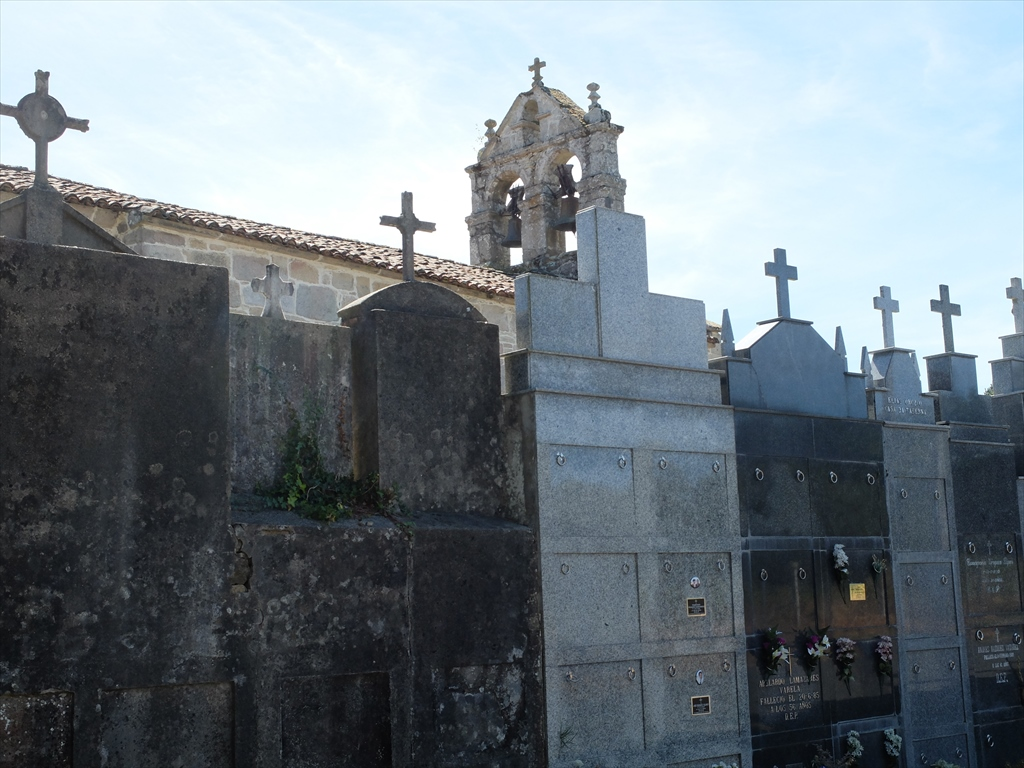 似たような教会があり、残念ながら名前を特定できなかった_1