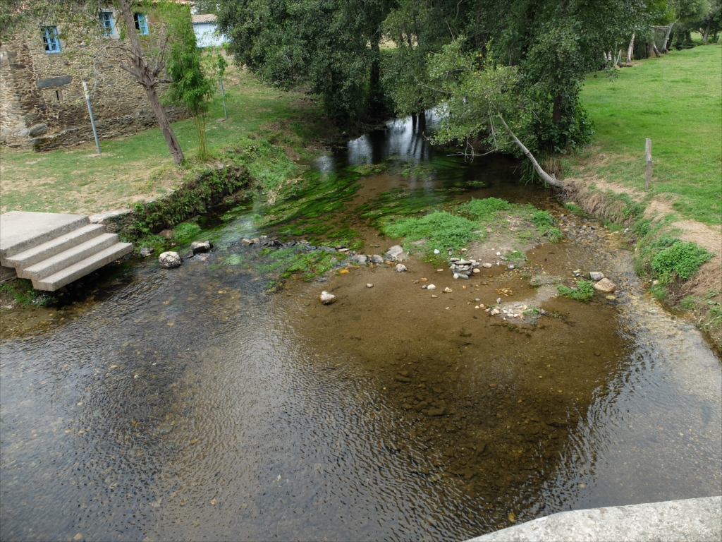リバディソのこの橋もまた中世の橋だ_7