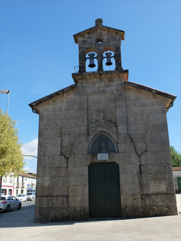 道中見かけた教会