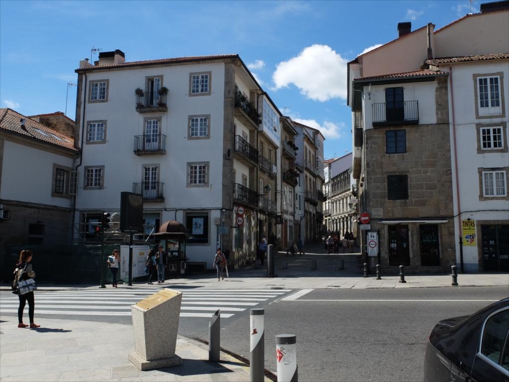目の前が、PORTA DO CAMINO(道の門)