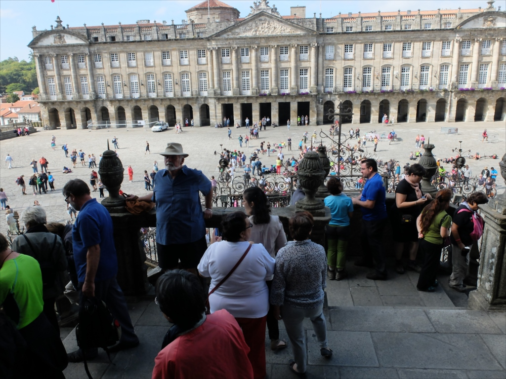 オブラドイロの門から広場を見下ろす_2
