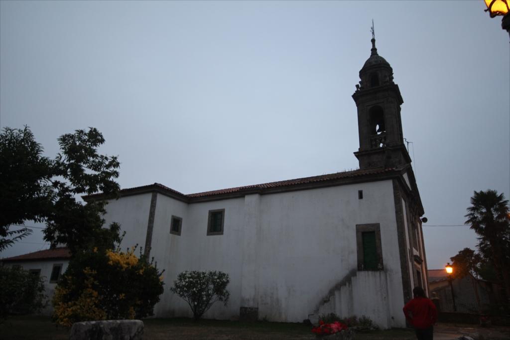 教会のミサは終了していた_2