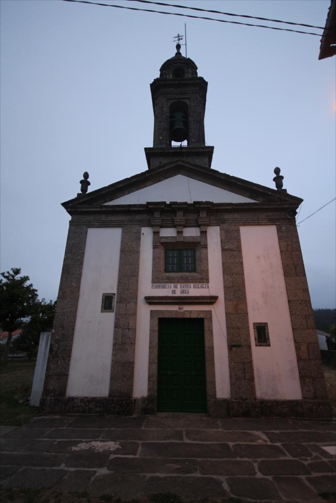 教会のミサは終了していた_4