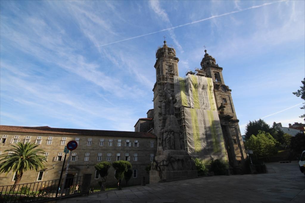 フランシスコ修道会の修道院と棟続きの4つ星ホテル