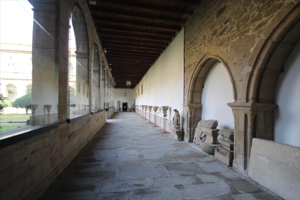 旧サント・ドミンゴ・デ・ボナバル修道院_1