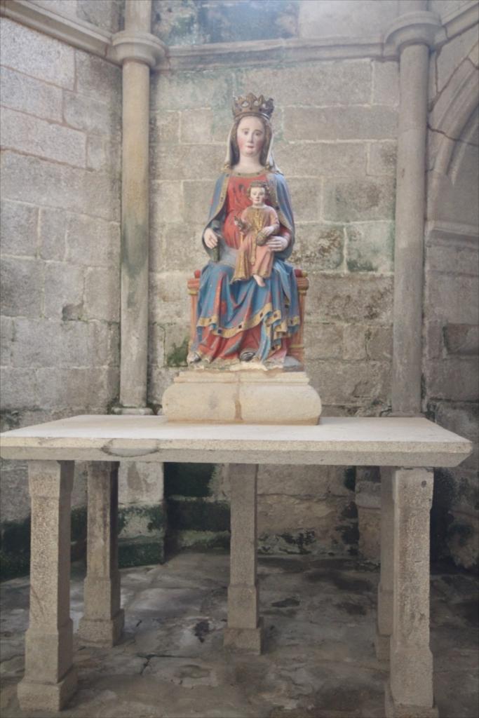 旧サント・ドミンゴ・デ・ボナバル修道院_9