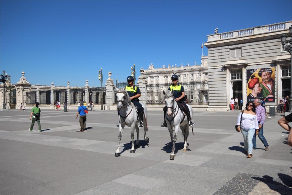 騎馬警官_2