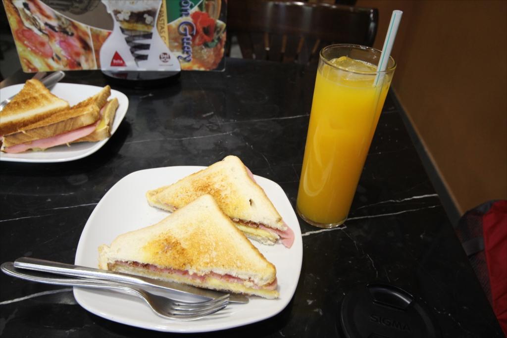 簡単な昼食_1