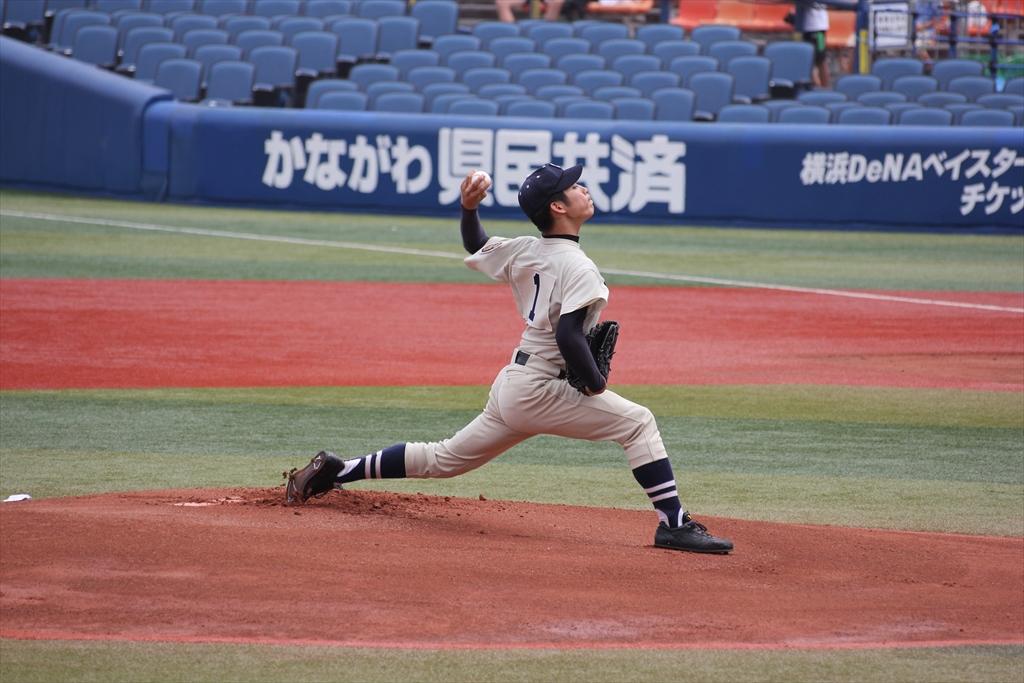 桐蔭先発斎藤の投球フォーム_2